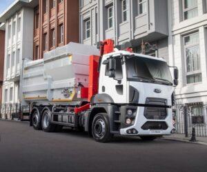 Ford Trucks: Nová převodovka a řiditelná zadní náprava