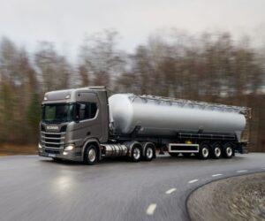 Scania pomáhá zbavit největší skandinávský přístav fosilních paliv