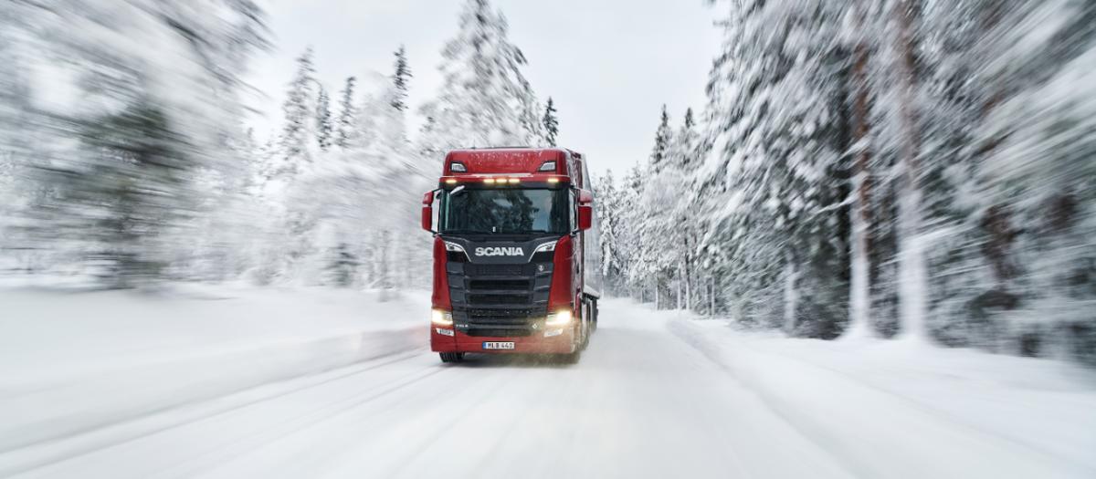 Scania vůz v zimě