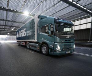 Společnosti Volvo Trucks a DFDS spolupracují na elektrifikaci dodavatelského řetězce