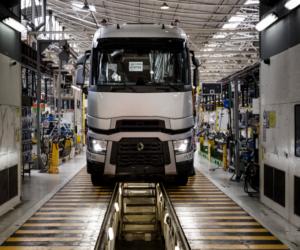 Virtuální prohlídka montážního závodu Renault Trucks v Bourg-en-Bresse