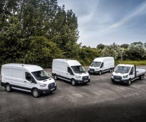 Elektrická dodávka Ford E-Transit vyjíždí na evropské silnice. Začínají její provozní zkoušky přímo u zákazníků