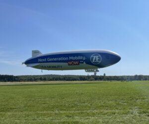 Podívejte se na nebe! Zeppelin ZF přilétá do České republiky